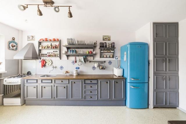 kuchyn lednice sporak svetlo skrin tabor prodej domu rodinny dum linda bittova