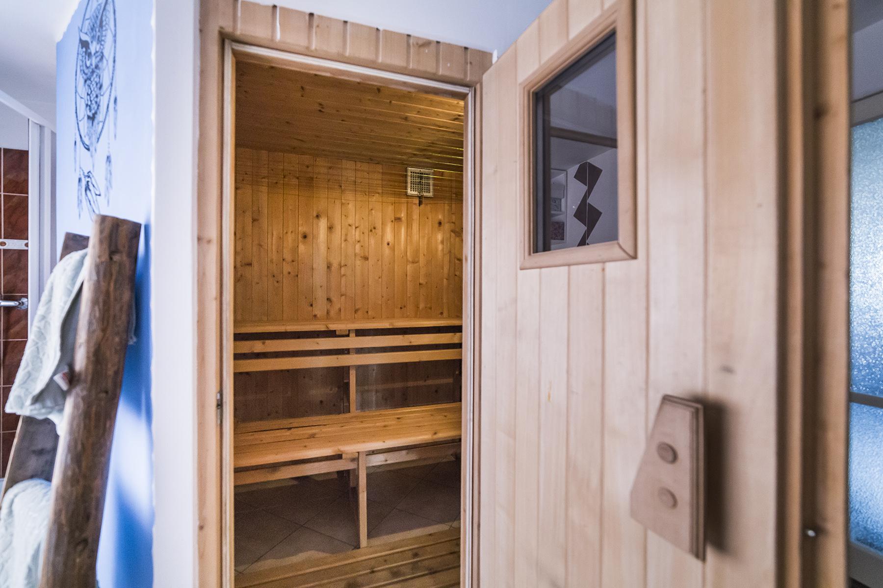 sauna svetlo zebrik sprcha rodinny dum relax prodej domu tabor linda bittova
