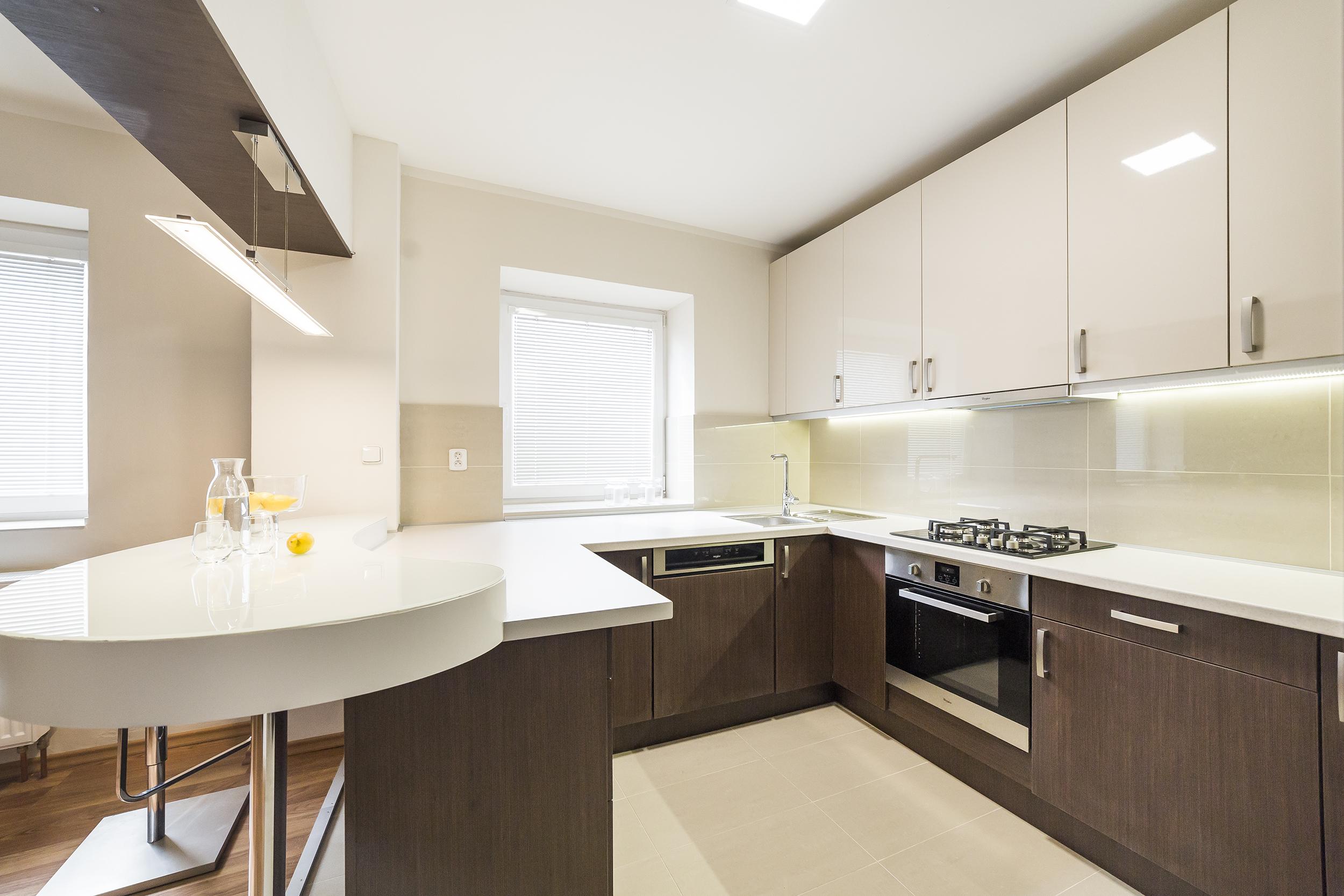 kuchyn podlaha sporak trouba okno svetlo voda citron prodej bytu opava linda bittova